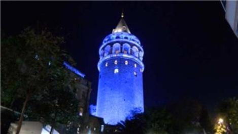 Galata Kulesi, Dünya Çocuk Günü nedeniyle maviye büründü