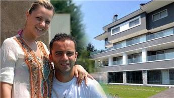 Semih Şentürk'ün 19 milyonluk villasına ziyaretçi yağdı!