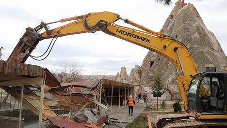 Kapadokya'da 178 kaçak yapı yıkıldı
