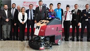 İstanbul Havalimanı'nda 'insansız temizlik robotu' dönemi başladı