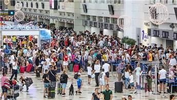 Antalya'ya hava yoluyla gelen turist sayısı 15 milyona ulaştı