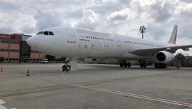 Atatürk Havalimanı'nda sahibinden satılık yolcu uçağı!