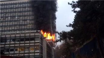 DSİ Genel Müdürlüğü binasında yangın!