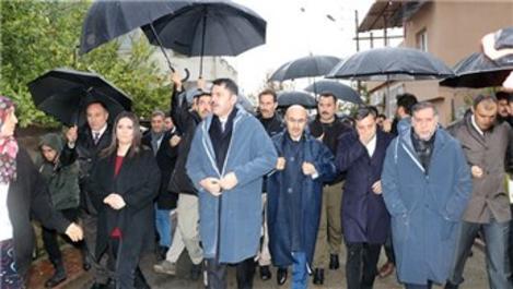 Bakan Kurum'dan Adana'daki afetzedelere 'kentsel dönüşüm' sözü
