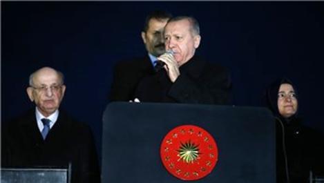 'İsteseniz de istemeseniz de Kanal İstanbul'u yapacağız'