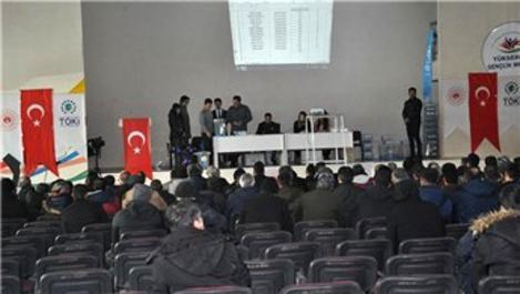 Yüksekova'da TOKİ konutları için kura çekimi yapıldı