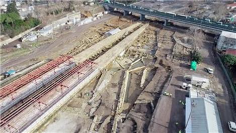 Haydarpaşa'da rayların altından çıkan liman şehri görüntülendi