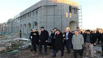 Bakan Kurum, Diyarbakır'daki Sur Konutları'nı inceledi