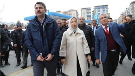 Bakan Kurum, Malatya'daki hasarlı evleri inceledi