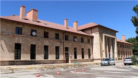 Erzincan Tren Garı, 1939'den beri tüm depremlerde ayakta kaldı