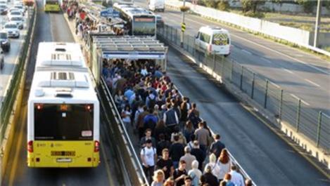 İBB'den metrobüs durakları arası ulaşıma yüzde 79 zam
