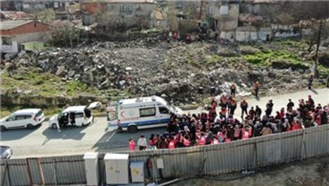 Gaziosmanpaşa'da deprem tatbikatı gerçeği aratmadı