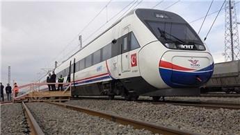 Bakan Turhan, Ankara-Sivas YHT hattında ilk test sürüşünü yaptı