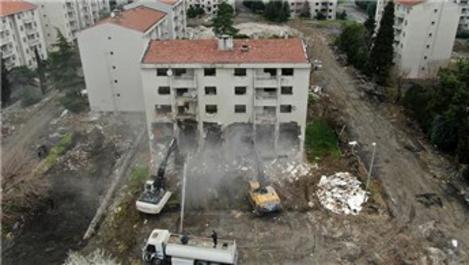 Zeytinburnu Millet Bahçesi için yıkımlar başladı