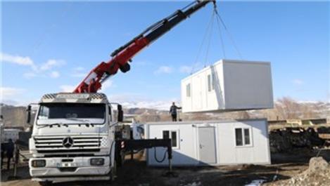 Van'da depremzedeler için konteynerler kuruluyor