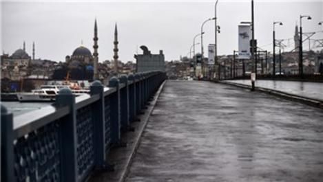 İstanbul'da pazar günü sokaklar boş kaldı