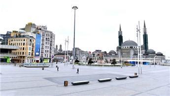 Taksim Meydanı ve İstiklal Caddesi boş kaldı