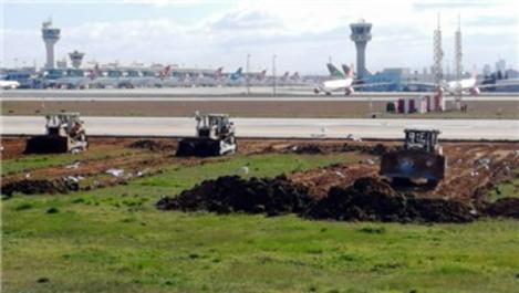 Atatürk Havalimanı'na yapılan hastanenin kazı çalışmaları sürüyor