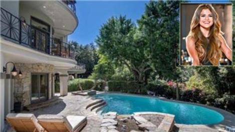 Selena Gomez, 10 odalı malikane için 4.9 milyon dolar ödedi