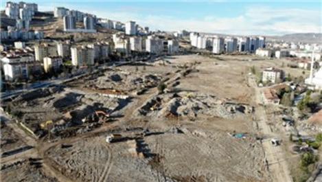 Elazığ depreminden sonra bir mahallede yıkımlar tamamlandı