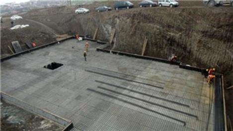 Selçuklu mimarisiyle yapılacak TOKİ konutlarının temeli atıldı