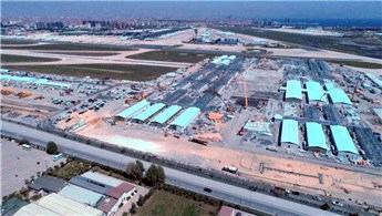 Atatürk Havalimanı'ndaki hastanenin çatı ve duvar montajı başladı