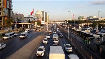 İstanbul'da özel araç yoğunluğu yüzde 42 arttı
