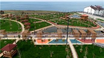 Trabzon'un deniz manzaralı Millet Bahçesi tamamlandı