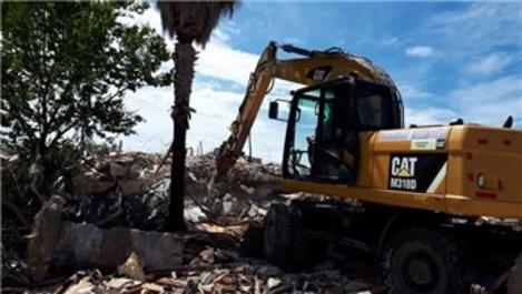 Side'de yarım kalan otel yıkımı tamamlandı