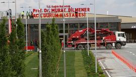Atatürk Havalimanı'ndaki pandemi hastanesinin tabelası asıldı