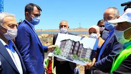 Bakan Kurum, Elazığ'da yapılan deprem konutlarını inceledi