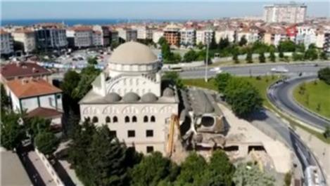 Avcılar Hacı Ahmet Tükenmez Camisi'nde yıkım başladı