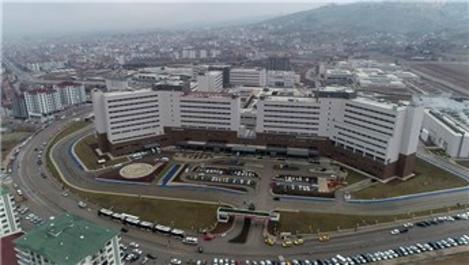Elazığ Hastanesi'nin mimarisi salgınla mücadeleyi kolaylaştırdı