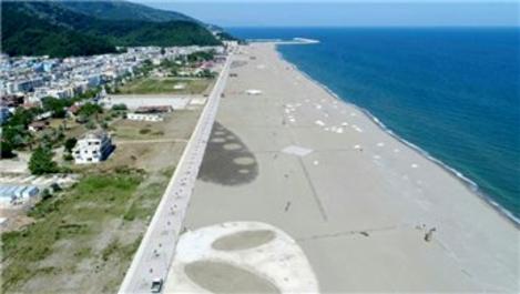 Türkiye'nin en uzun doğal plajı tatilcileri bekliyor