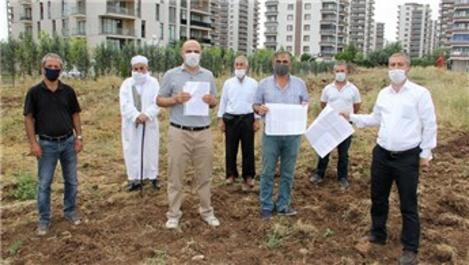 Diyarbakır'da 5 kişi arazi aldı, 180 kişiyi mağdur etti