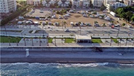 Konyaaltı Sahili karavanlara kapandı