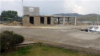 Gökçeada Belediyesi'nin kaçak yapıları bakanlıkça mühürlendi