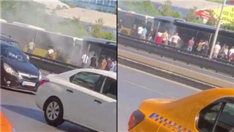 Yenibosna'da metrobüste yangın! Yolcular tahliye edildi