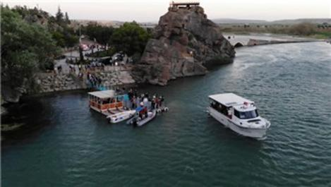 Bakan Kurum'dan tarihi bölgede tekne turu