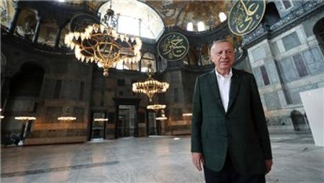 Cumhurbaşkanı Erdoğan, Ayasofya Camisi'nde!