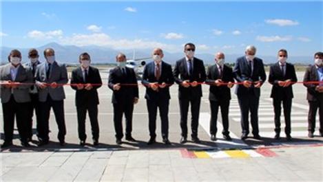 Erzurum Havalimanı'nda yapımı tamamlanan pistin açılışı yapıldı
