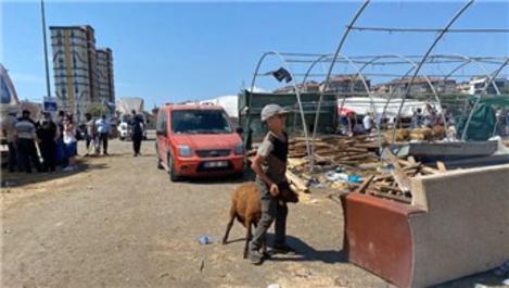 Kurban çadırları toplanırken, bir yandan pazarlıklar sürüyor