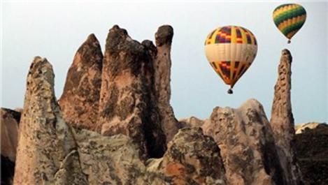 Kapadokya'da balonlar 22 Ağustos'ta yeniden havalanacak
