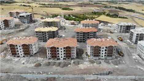 Elazığ'da hem yıkımlar hem de yapımlar devam ediyor