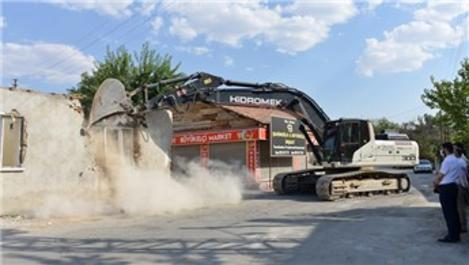 Malatya'da harabe 299 ev yıkıldı