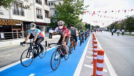 Bahçelievler'in ilk bisiklet yolu açıldı!