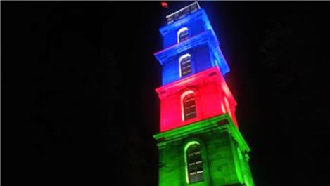 Tophane Saat Kulesi, Azerbaycan'ın renklerine büründü