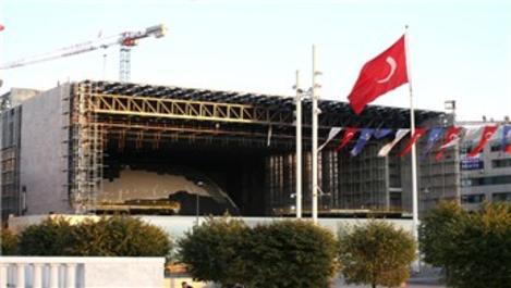 Taksim AKM'nin yüzde 70'i tamamlandı!