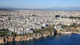 Yabancılar konutta İstanbul ve Antalya'yı tercih etti