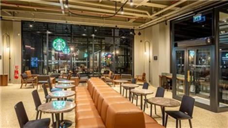 Starbucks'ın Akasya AVM'deki yeni yerine taşındı!